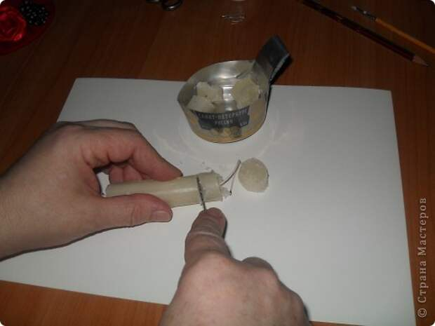 Хочу предложить вам технику оплетения яиц бисером, которая совсем не сложная, яркая и красочная. Много лет назад увидела ее в каком-то журнале и с тех пор вместе с учениками украшаю яйца к Пасхе. Попробуйте, это не сложно.. Фото 6