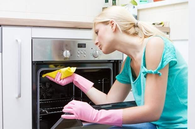 как очистить плиту на кухне