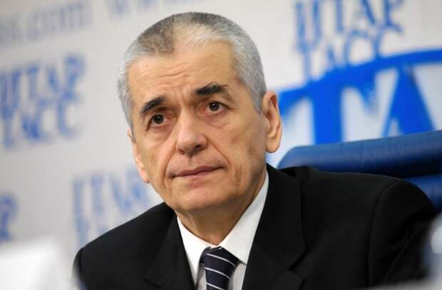 Онищенко рассказал о возможности введения пропусков для поездок на дачу в мае