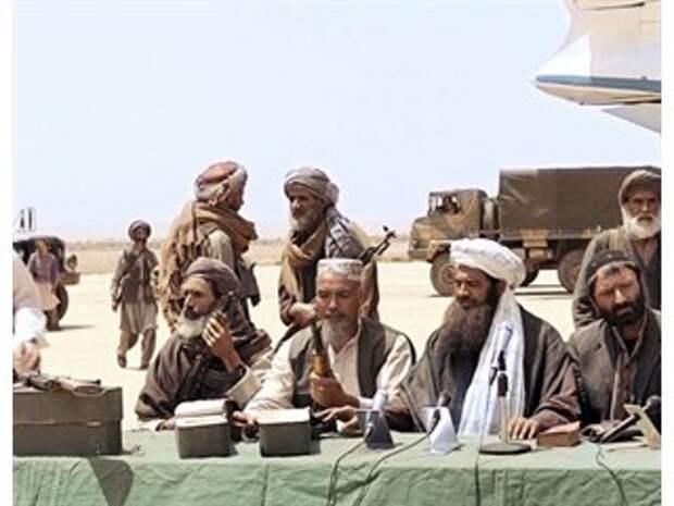 «Талибан»* диктует условия США» — американцы осудили Байдена за трусость