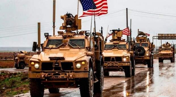 США перебросили из Ирака в Сирию военную колонну с оружием и боеприпасами