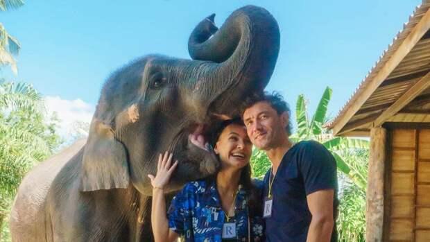 Жена Жиркова показала, как целуется сослоненком: «Это были невероятные чувства»