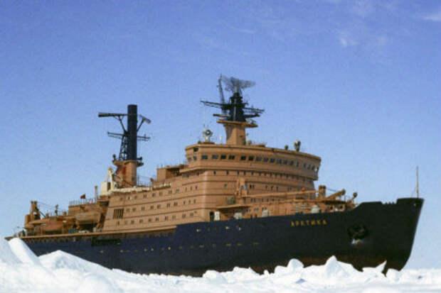 Какой толщины лед способен пробить атомный ледокол