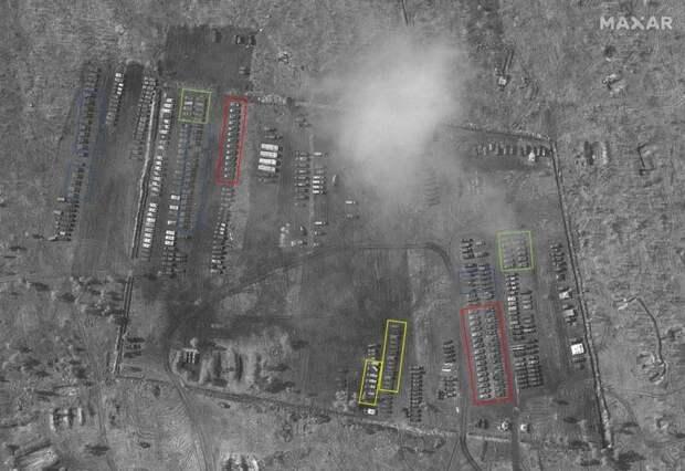Западный блогер рассмотрел виды вооружений, переброшенные в полевой лагерь у границы с Украиной