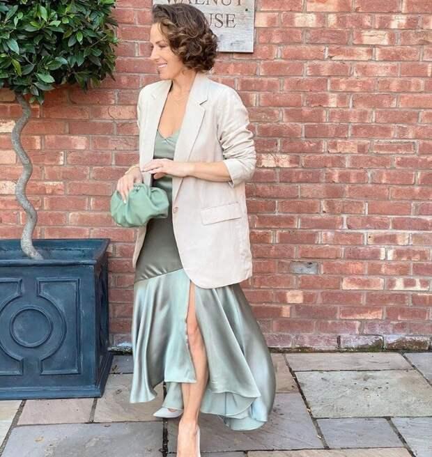Одежда, которая выглядит одновременно и соблазнительно, и скромно – как такое возможно