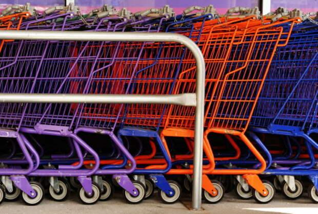 Минпромторг: часть магазинов в России могут потерять право работать по выходным