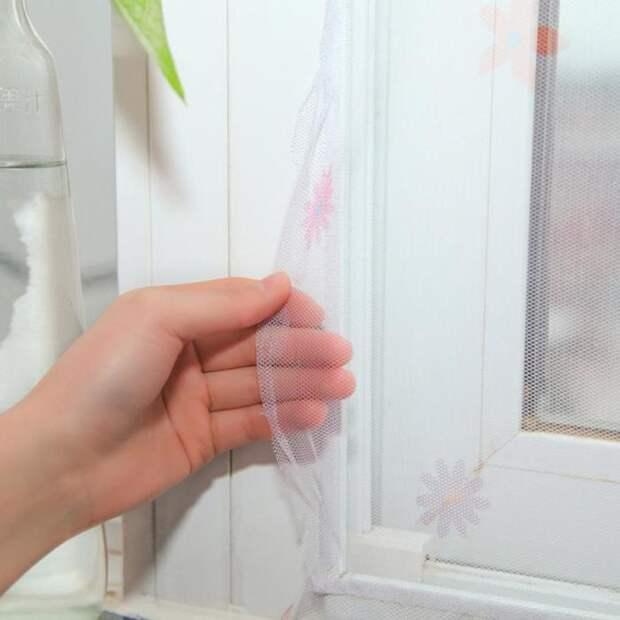 Если москитка порвалась, ее можно зашить или заклеить. /Фото: ae01.alicdn.com