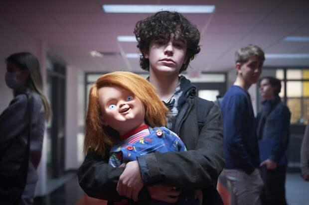 """""""Чаки"""" (2021) - телевизионное возвращение зловещей куклы. Стоит ли смотреть?"""