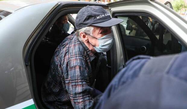 «Печально и жалко»: юрист оценил линию защиты Ефремова