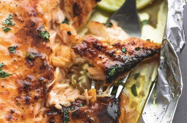 Кладем еду в фольгу и в духовку: про сковороду забыли