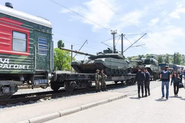 В Севастополь прибыл Поезд «Мы – армия страны, мы – армия Народа»