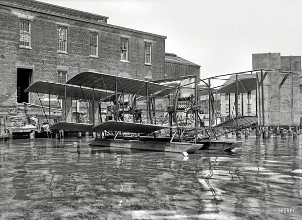 Самолеты и пилоты начала 20-го века на снимках американских фотографов (10)