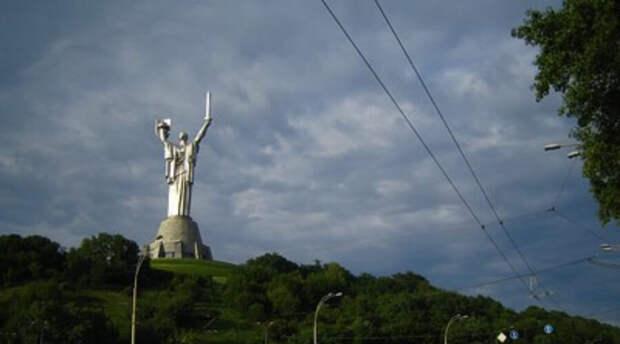 «С победой в Мариуполе». На Украине усиливают альтернативное празднование Дня Победы