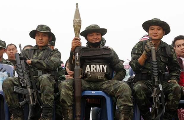 Военные Мьянмы захватили власть и ввели чрезвычайное положение на один год