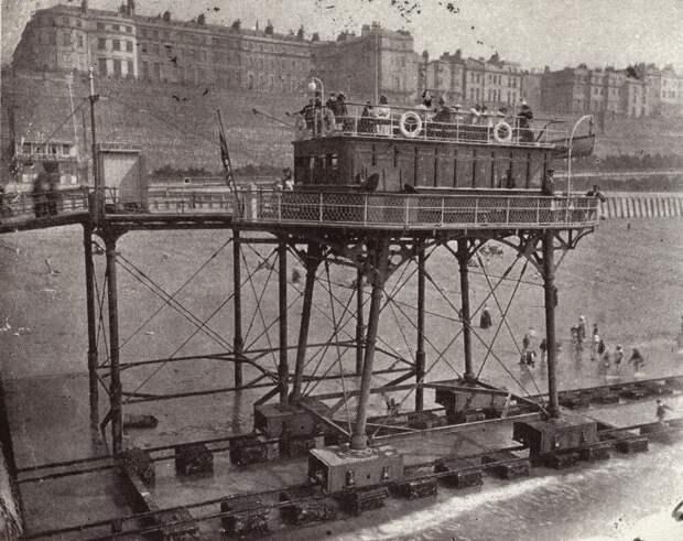 """Его называли """"косиножкой"""" или трамвай, который умел ходить по воде 🚃 (такие уже не изобретают)"""