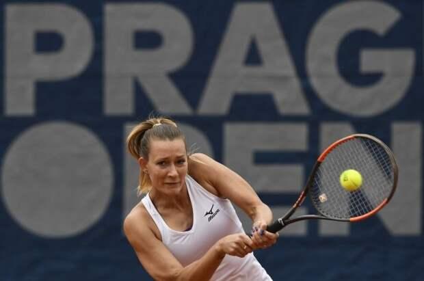 В Париже отпустили на свободу российскую теннисистку Сизикову