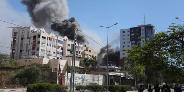 Обзор зарубежных СМИ: Газа без электричества и циклон в Индии