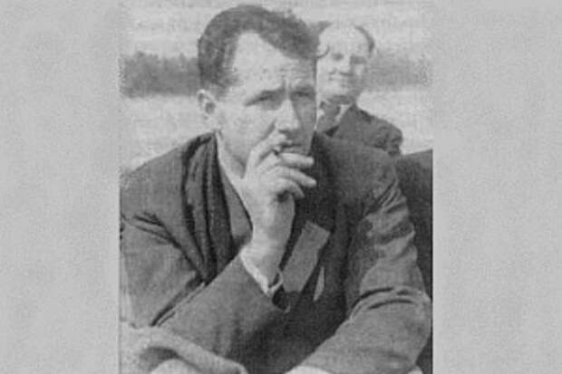 Синицын, а не Зорге. Он первым сообщил точную дату нападения Германии на СССР