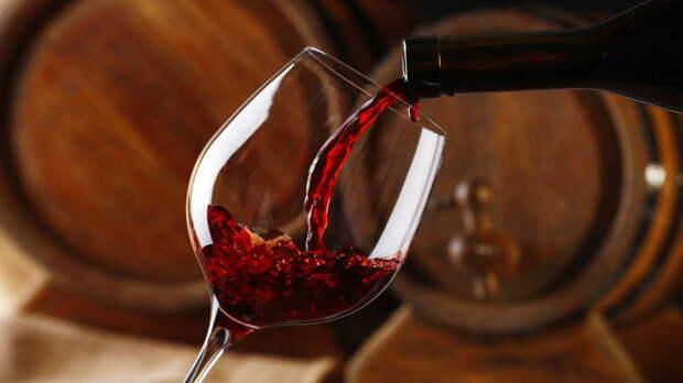В России почти на 10% сократилось потребление вина в 2020 году