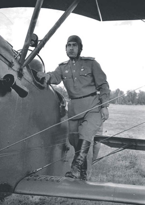 Герой Советского Союза Алексей Маресьев еще долго оставался в боевом строю. Фото с официального сайта Министерства обороны РФ