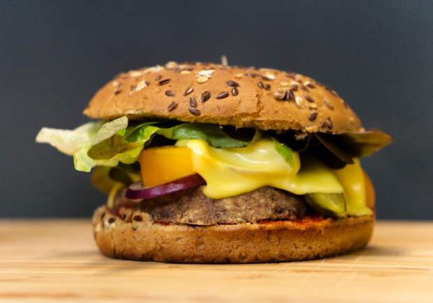 Можем себе позволить: еда из фастфуда, которую даже диетологи сочтут полезной