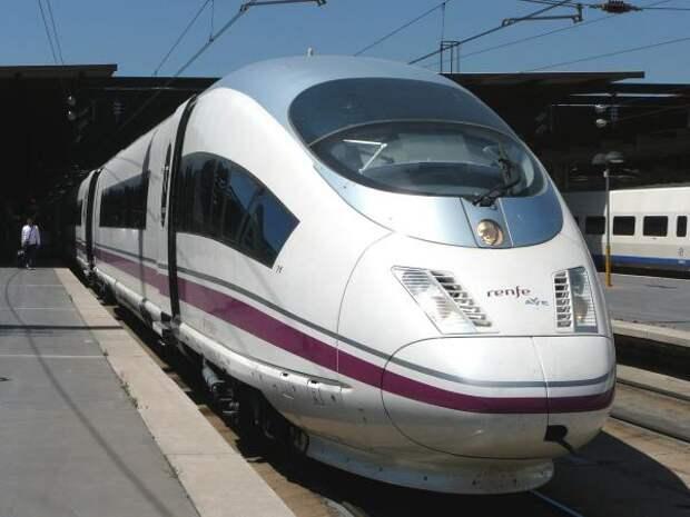 В Испании машинист на полпути бросил поезд с сотней пассажиров