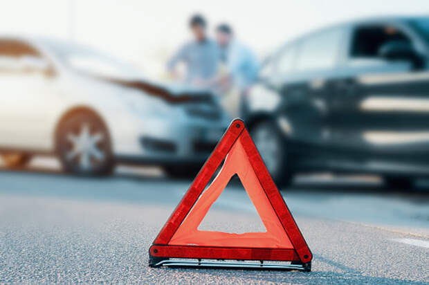 На улице Вешних Вод пассажир «девятки» пострадал в аварии