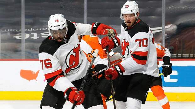 Помог темнокожей звезде и сам вернулся на топ-уровень. Русский хоккеист Куликов перезагрузил карьеру в «Нью-Джерси»