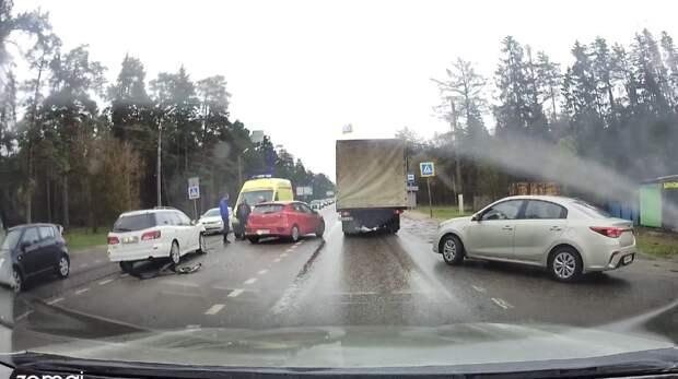 В ДТП на Петербургском шоссе пострадал пассажир
