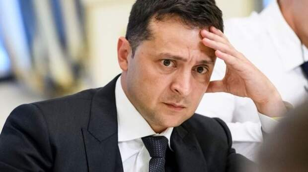 На Украине Зеленского назвали врагом своей страны