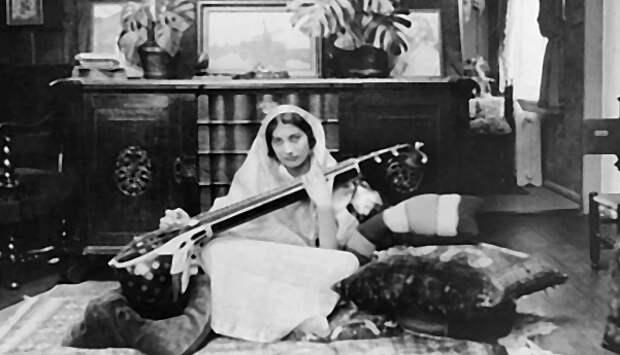 Героическая история Нур Инаят Хан— индийской принцессы ибританской разведчицы