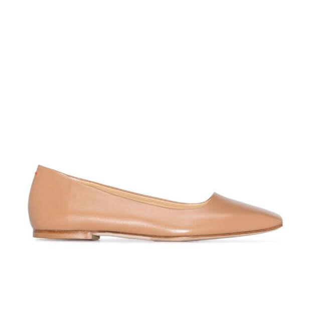 Самая практичная пара обуви на лето, которая удлиняет ноги