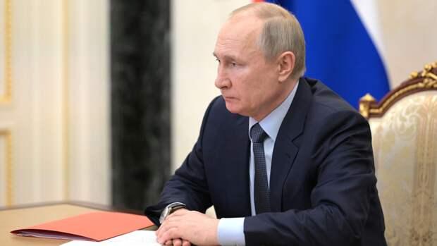 Путин указал на продолжение гонки вооружений в скрытом виде