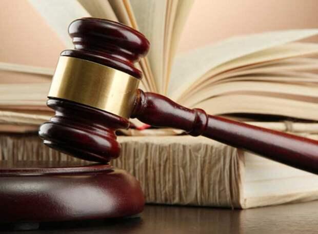 Представитель судейской династии и его молодой коллега подозреваются в организации договорняков и заработках на ставках, РФС отстранил обоих арбитров