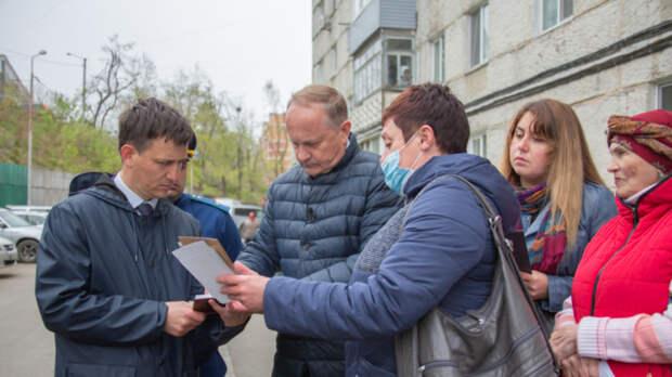 Олег Гуменюк проверил, как работают управляющие компании наЧуркине