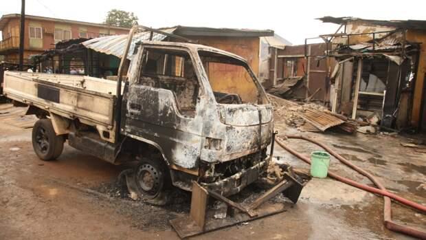 Двенадцать полицейских стали жертвами нападений боевиков на юге Нигерии