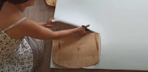 Современные и удобные кресла из самых простых потрепанных стульев
