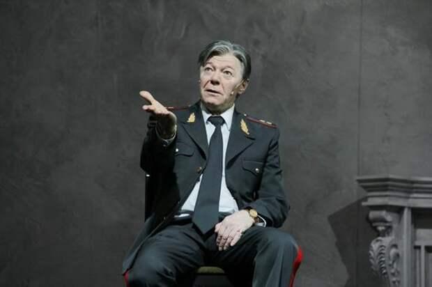Директор театра «Ленком» Марк Варшавер рассказал о самочувствии народного артиста Александра Збруева