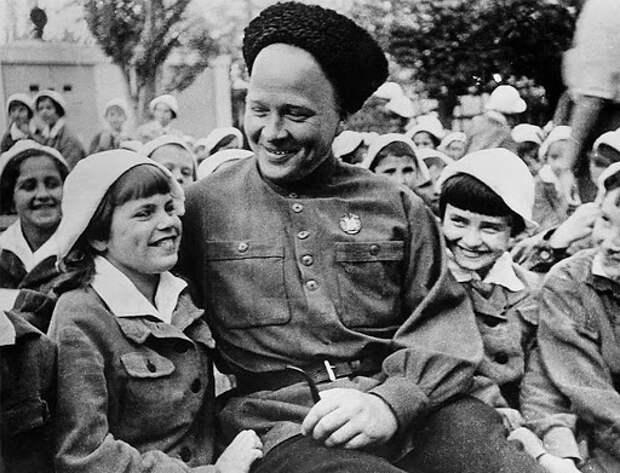 Гайдар и дети