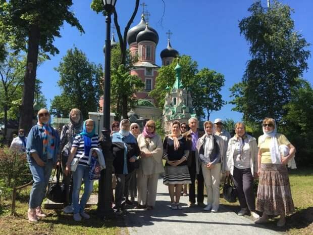 Пенсионеры из Савеловского посетили Донской монастырь