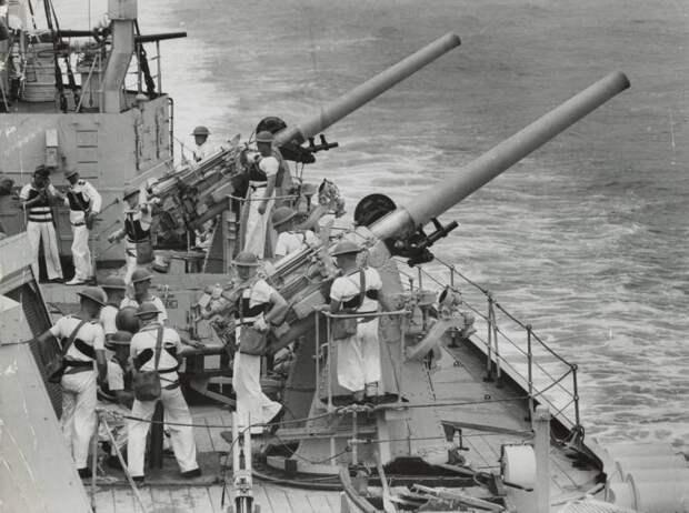 Британское вспомогательное орудие, погубившее испанский линкор