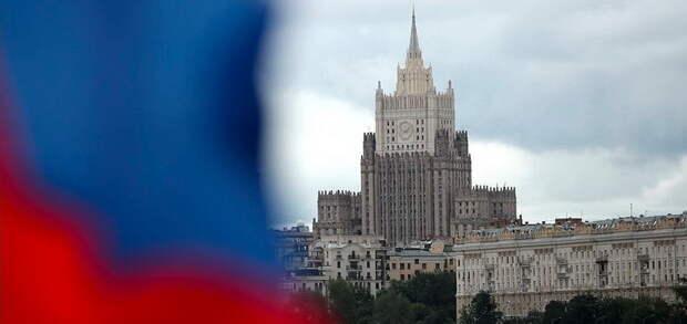 Россия перешла к более жестким и вразумительным ответам Западу – международник