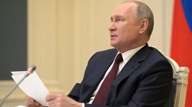 Путин отметил важную роль мусульманских организаций в день Ураза-байрам