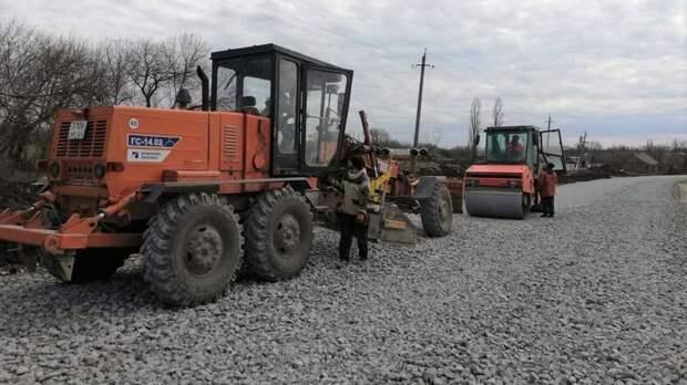 ВРостовской области отремонтируют дорогу, которая доступна только всухую погоду