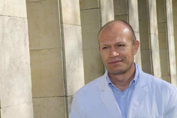 """Авдеев: Многие выпускники Сеченовки выбирают тему """"после ковида"""""""