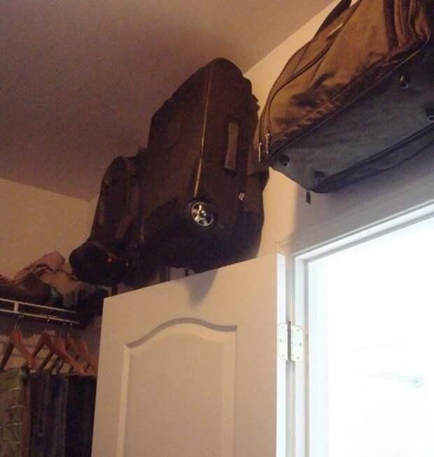 Как хранить чемоданы