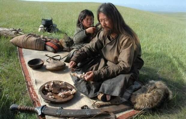 Чем питались воины Чингисхана, если у них в походе якобы не было ничего, кроме коней