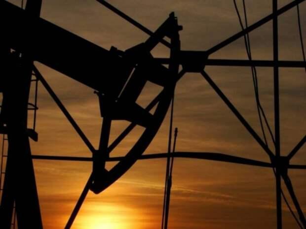 Стоимость нефти Brent пытается удержаться вблизи $71,5 за баррель