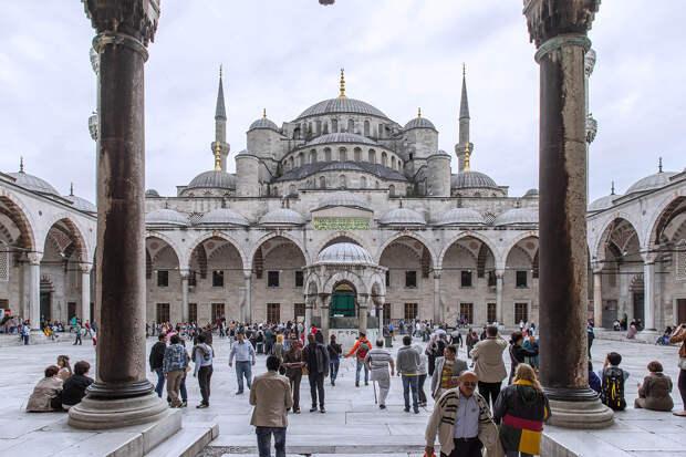 Патриарх Варфоломей оценил намерение Турции превратить собор Святой Софии в мечеть