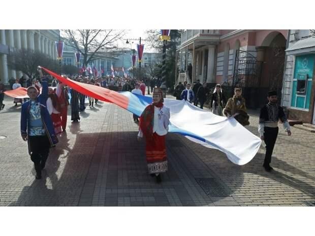 Украинский МИД роет своей стране «косово-крымскую» яму